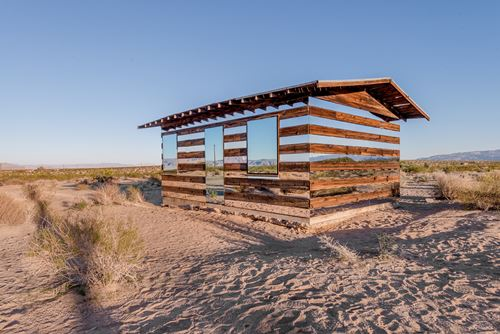 Lucid Stead, Phillip K. Smith alkotása